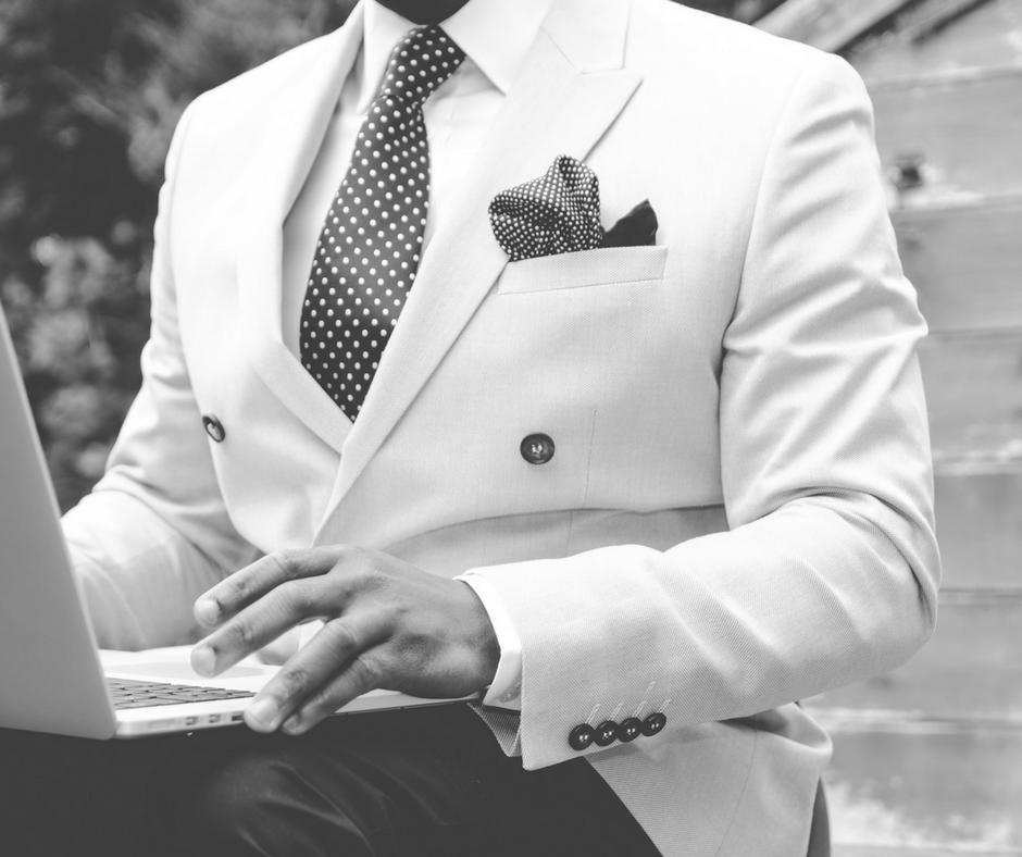 camicia bianca elegante uomo